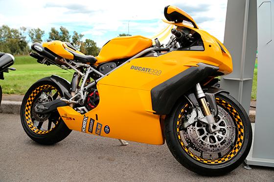 02-carenagem-motos-esportivas-ducati-999